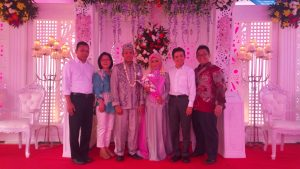 スタッフの結婚式写真